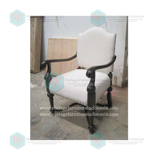 RAC 04, Raisa Arm Chair.jpg