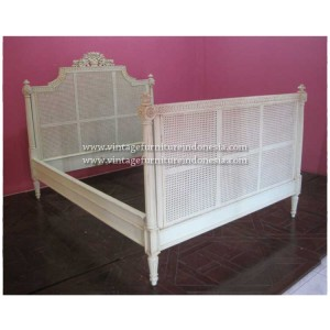 RBD 03 Raisa Bed