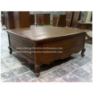 RCT 04, Raisa Coffee Table.jpg