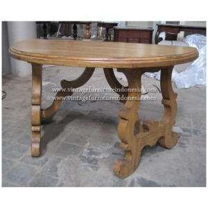 RCT 10, Raisa Coffee Table.jpg