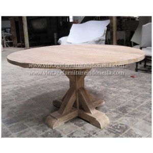 RCT 15, Raisa Coffee Table.jpg