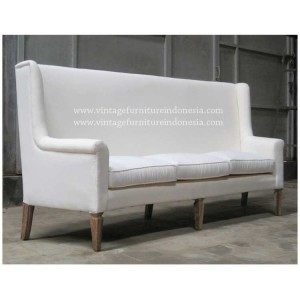 RSF 03, Raisa Sofa.jpg
