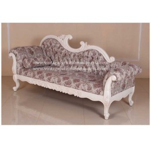RSF 04, Raisa Sofa.jpg