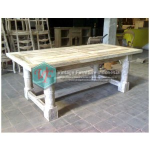 RDT-03,-Raisa-Dining-Table