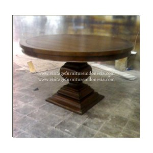 RDT 06, Raisa Dining Table.jpg
