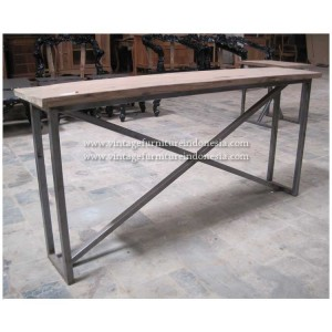 RDT 09, Raisa Dining Table.jpg