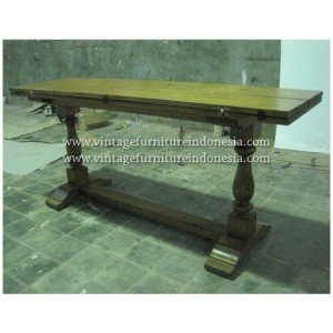 RDT 12, Raisa Dining Table.jpg